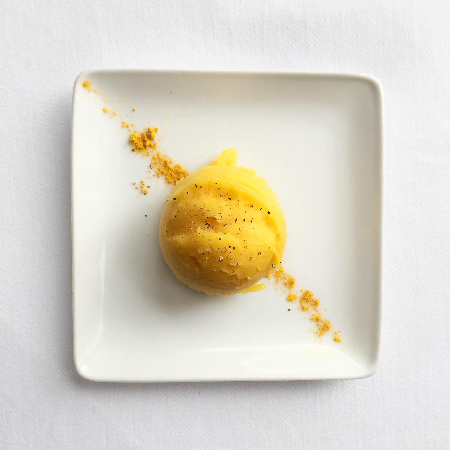 MANGO GOLDEN ICE CREAM