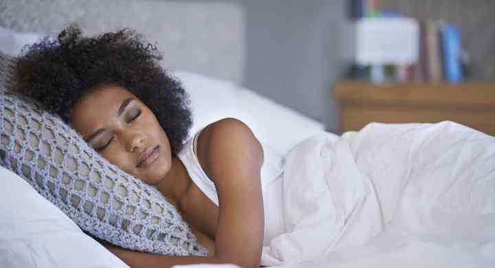5 Ways You're Losing Your Spark By Skimping On Sleep