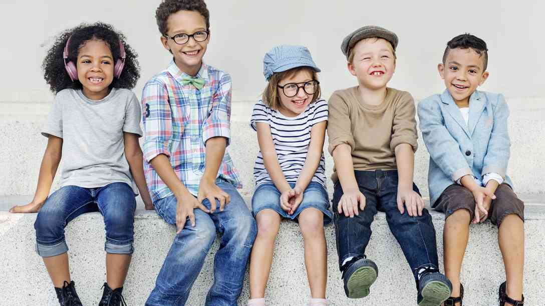 5 Cute Kids Smiling